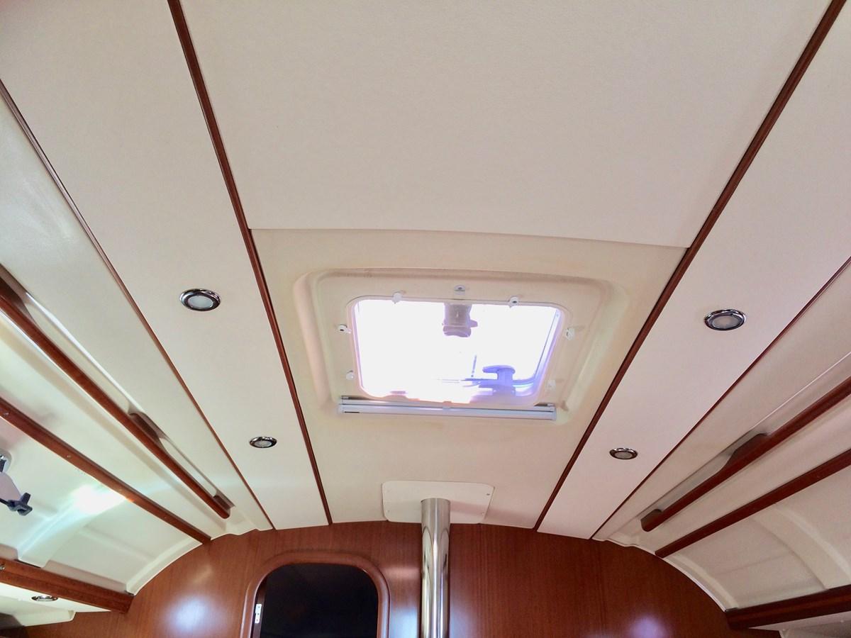 fullsizeoutput_2ba 2008 DUFOUR 385 Cruising Sailboat 2962974