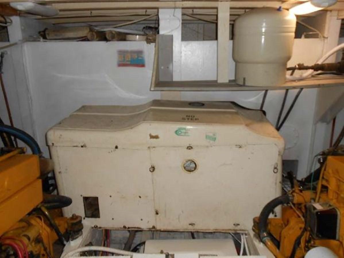 Onan Genset 1974 GRAND BANKS  Trawler 2952203
