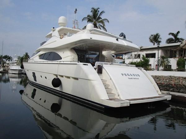 FERRETTI YACHTS PEGASUS 2007 FERRETTI 881 @ PUERTO VALLARTA Yacht à Vendre