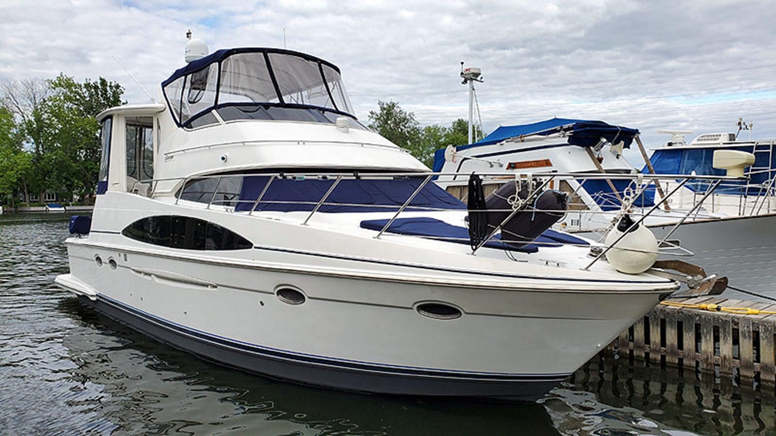 01ProfileStarboardBow 2001 CARVER 444 Cockpit Motor Yacht Motor Yacht 2967594