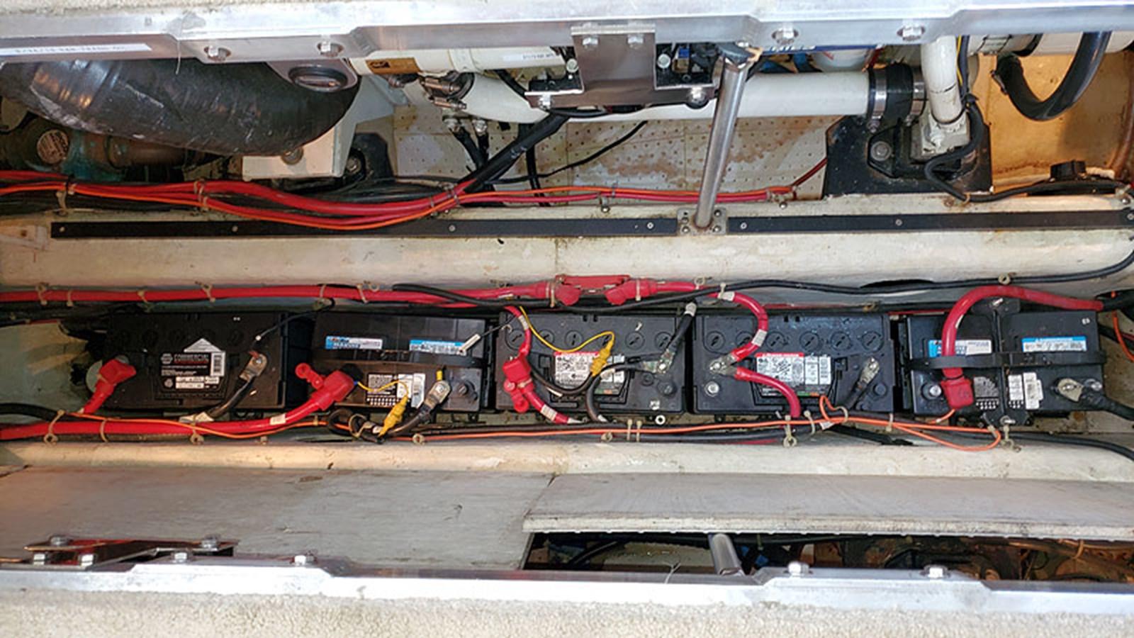 51ELECBatteryBank1 2001 CARVER 444 Cockpit Motor Yacht Motor Yacht 2967644