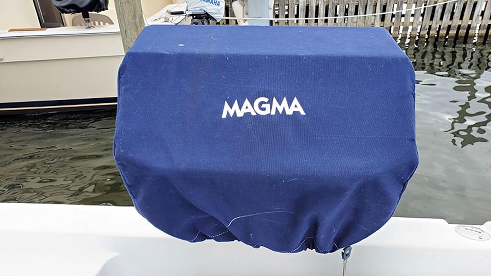 61DECKMagnaGrill 2001 CARVER 444 Cockpit Motor Yacht Motor Yacht 2967654