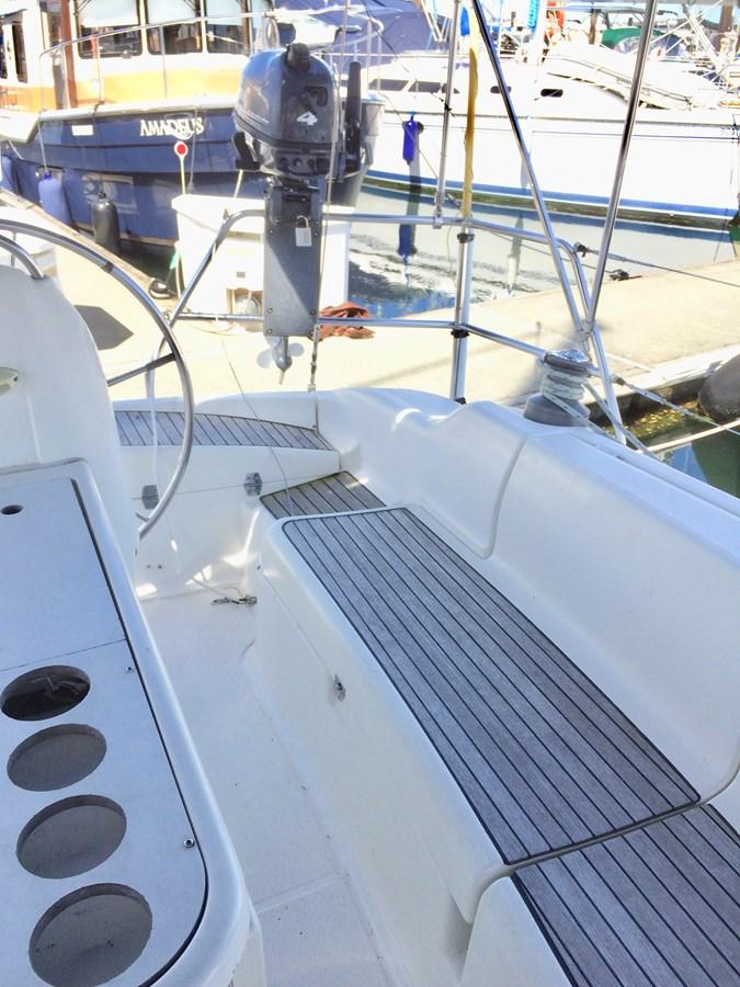 Cockpit Seating 2003 DUFOUR Gib'Sea 37 Cruising Sailboat 2969482