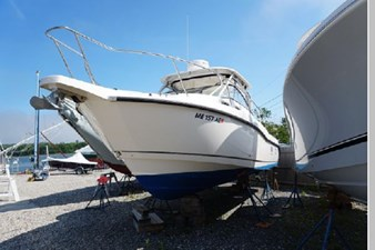 2006 Boston Whaler Conquest 266600