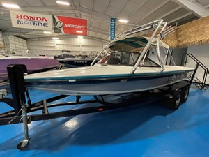 1995 20' Sanger Ski Closed Bow NR 268136