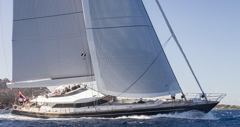 PERINI NAVI CLAN VIII Yacht à Vendre