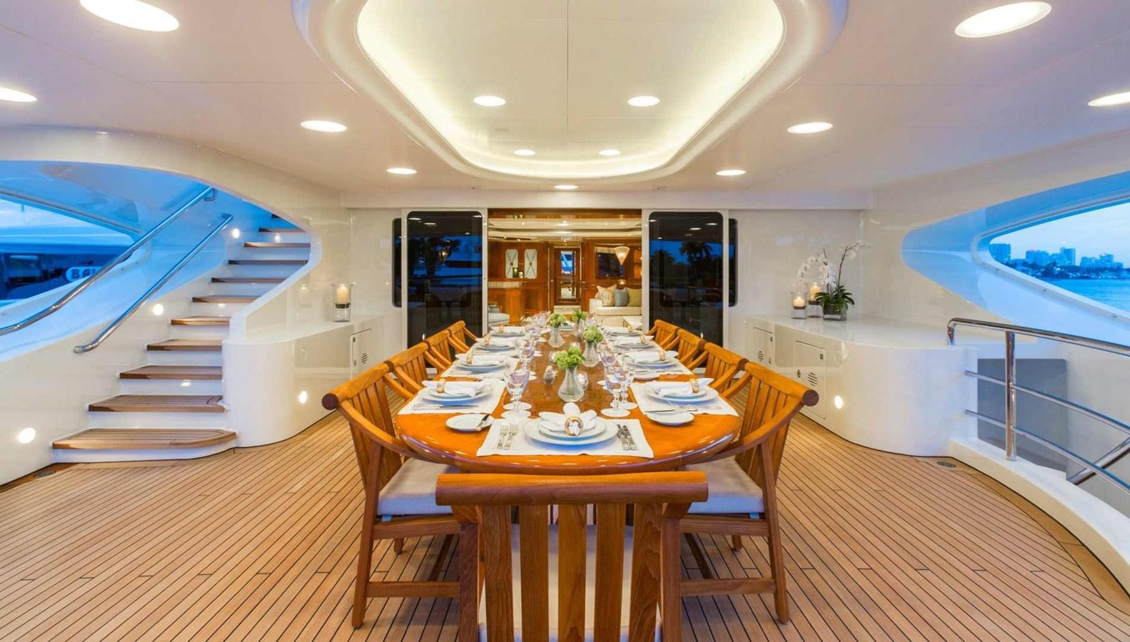 Upper Deck Dining