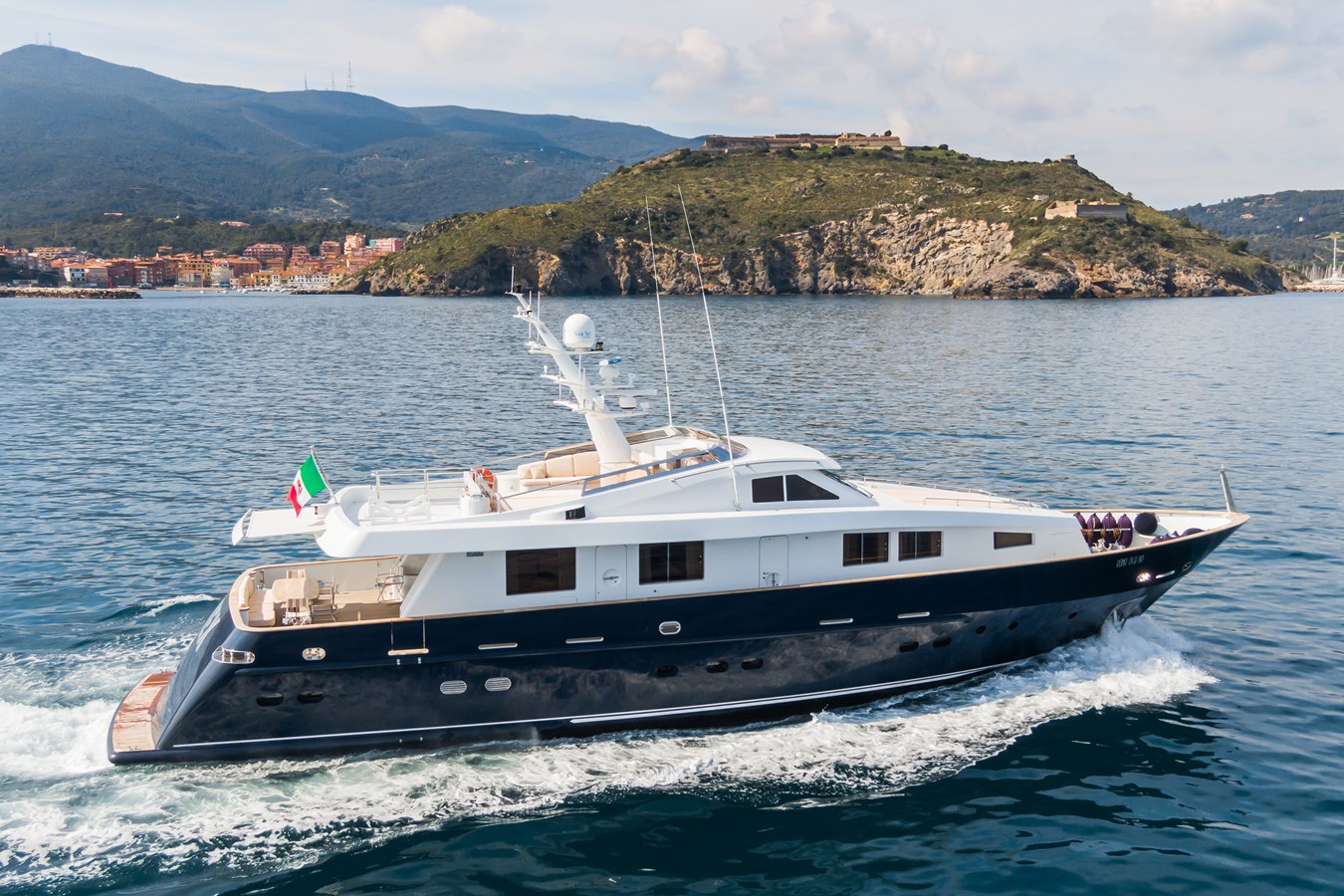 TEX yacht for sale