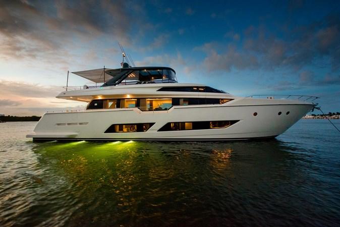 FERRETTI YACHTS LA MARTINA 2018 FERRETTI 850 @ FLORIDA Yacht for Sale