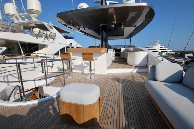 AZIMUT YACHTS MAGELLANO 25 METRI Yacht à Vendre