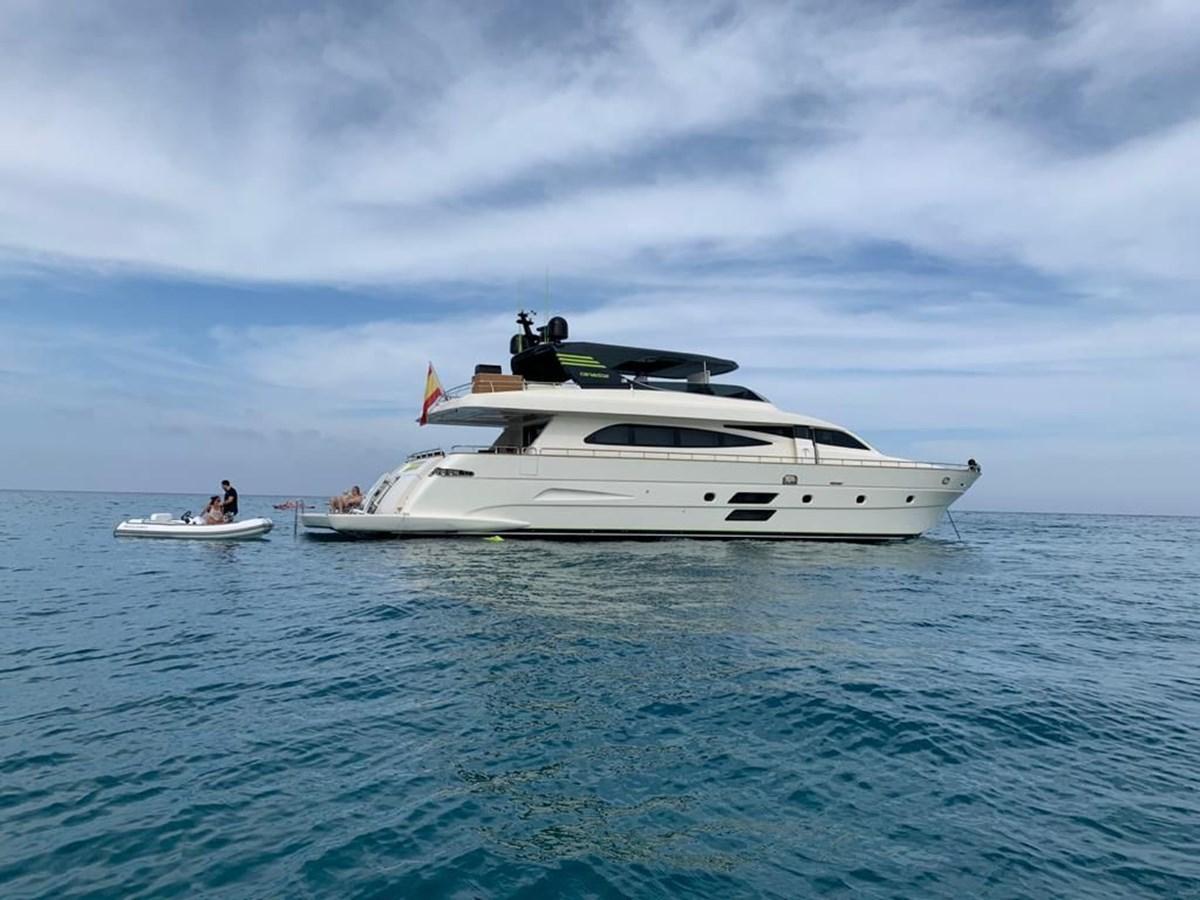 Canados 86 motor yacht Liberata - 00011