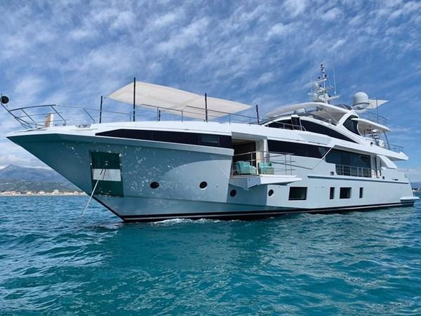 AZIMUT YACHTS AZIMUT GRANDE 35 METRI Yacht for Sale