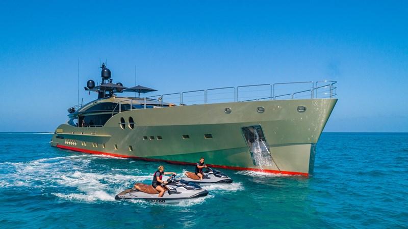 PALMER JOHNSON DB9 Yacht for Sale