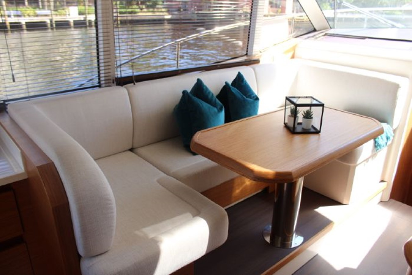 2019 GREENLINE 39 HYBRID yacht for sale