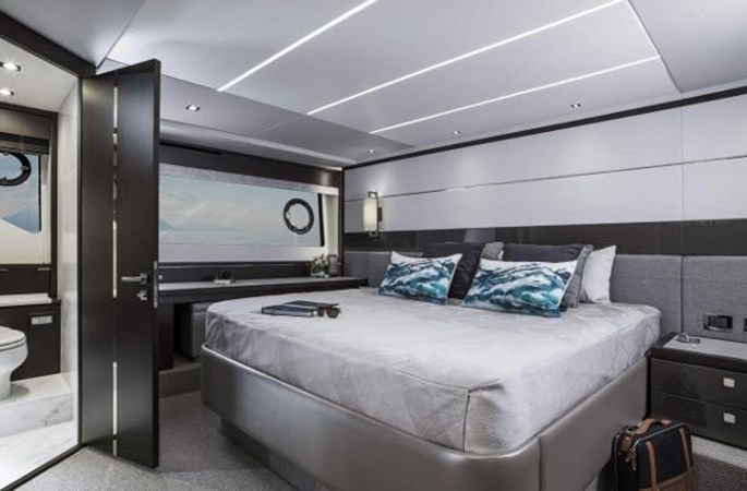 SUNSEEKER 74 PREDATOR Yacht for Sale
