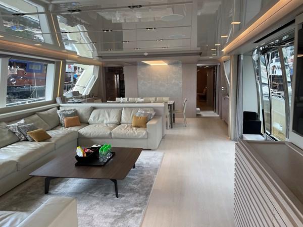 FERRETTI CUSTOM LINE CUSTOM LINE 108 Yacht for Sale