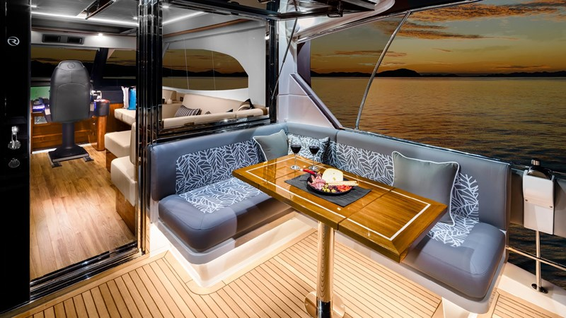 RIVIERA 68 SPORTS MOTOR YACHT Yacht for Sale