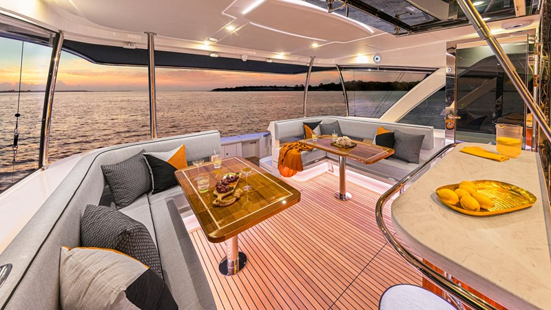 ABSOLUTE 72 SPORTS MOTOR YACHT Yacht for Sale