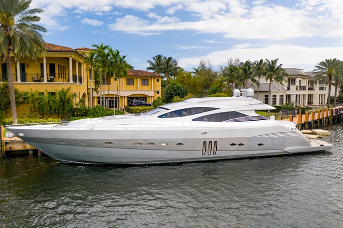 PERSHING PERSHING 90 2007 Yacht for Sale