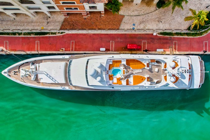 BROOKE MARINE BAD GIRL Yacht for Sale
