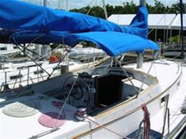 Bimini Cockpit 1974 GULFSTAR Sloop Other 79333