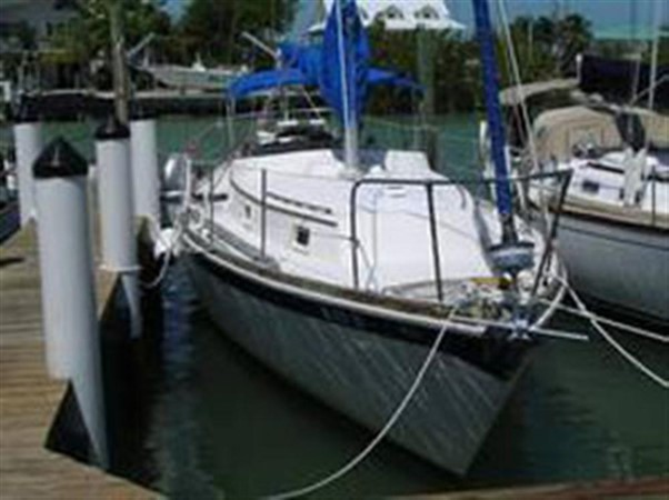 Starboard Bow View 1974 GULFSTAR Sloop Other 79337