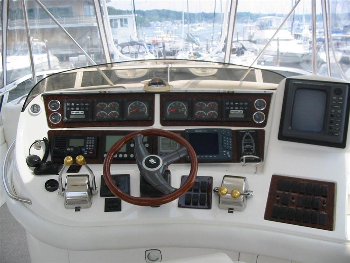 Helm 1998 SEA RAY 480 Sedan Bridge Cruiser 79473
