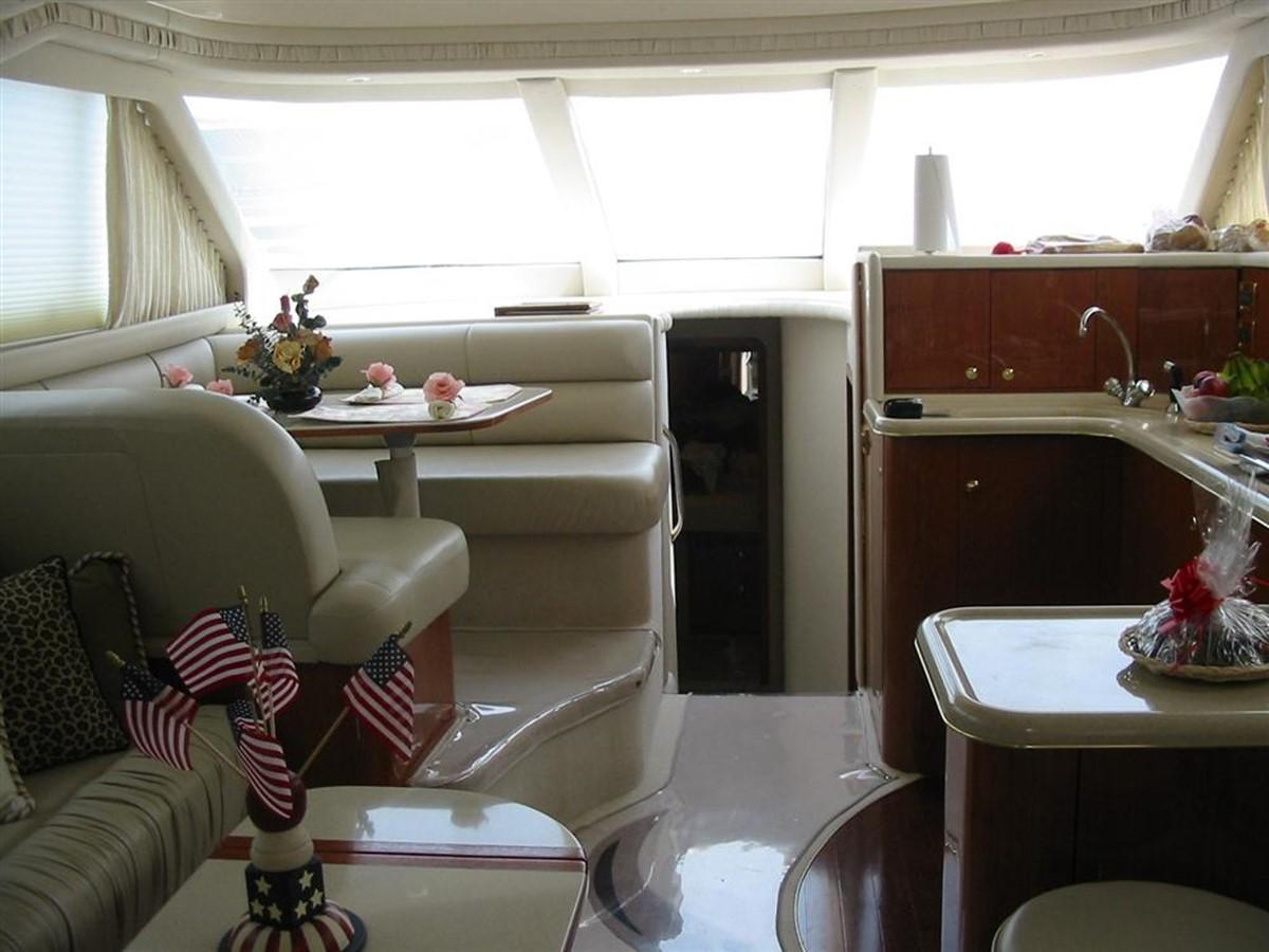 Dinette 1998 SEA RAY 480 Sedan Bridge Cruiser 79474