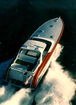 Running Shot 2 1988 PALMER JOHNSON  Cruiser 82378