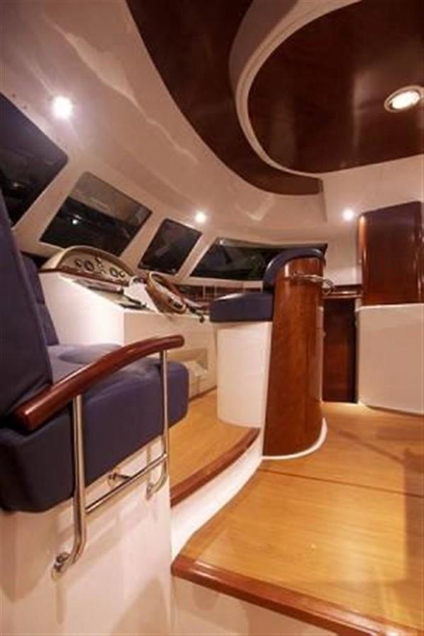 Inside Command Post 2007 FOUNTAINE PAJOT Cumberland Catamaran 87150