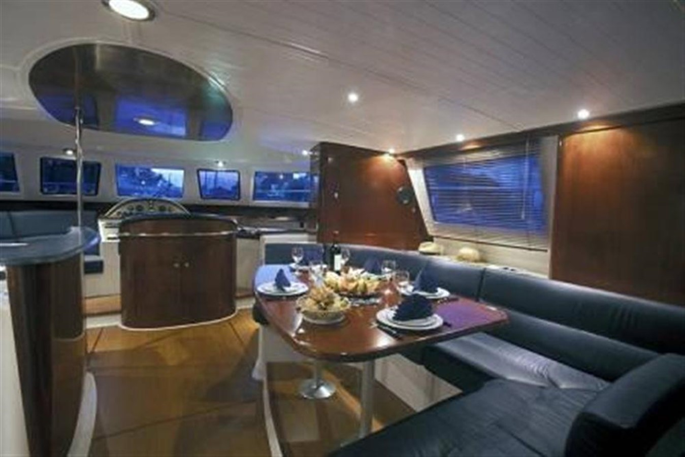 Luxury Saloon 2007 FOUNTAINE PAJOT Cumberland Catamaran 87152