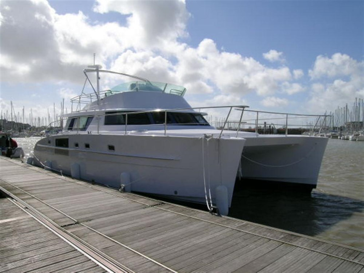 Starboard Side View at Dock 2007 FOUNTAINE PAJOT Cumberland Catamaran 87155