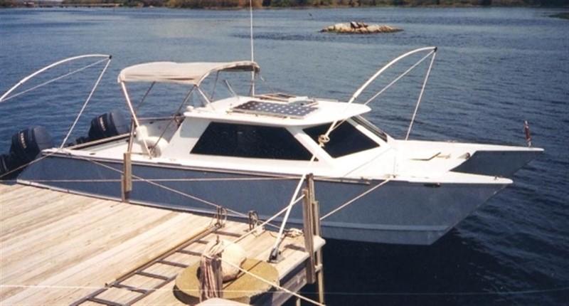 At the Dock 2000 CUSTOM Hunt Express Weekender Catamaran 87285