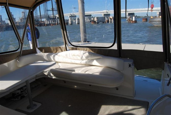 Cockpit Seating / Camper Canvas 2000 SEA RAY 410 Sundancer Cruiser 88074