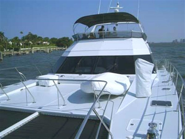 Foredeck 1993 AWESOME Power Cat Catamaran 89823