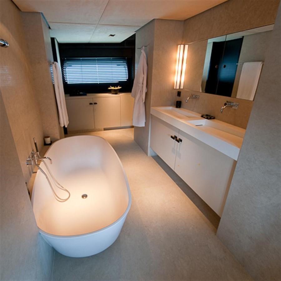 Master Bathroom 2010 DYB   95082