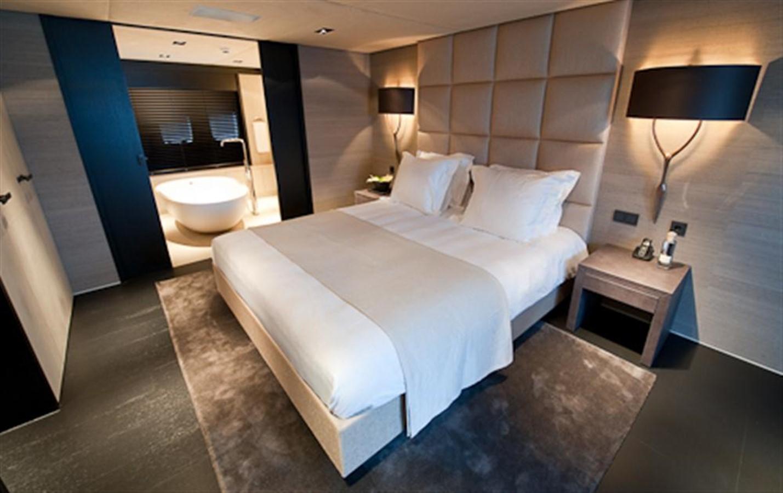VIP Stateroom 2010 DYB   95084