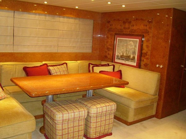 salon starboard side 2005 ARNO Leopard 24 M Cruiser 100846