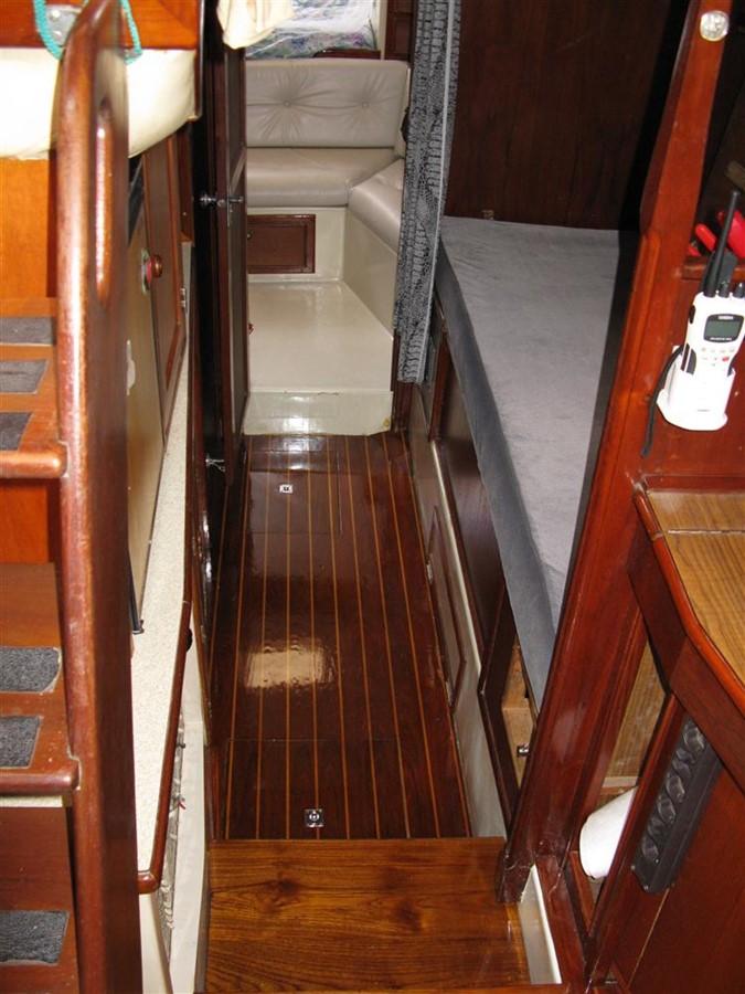 1978 IRWIN YACHTS  Cruising Sailboat 100911