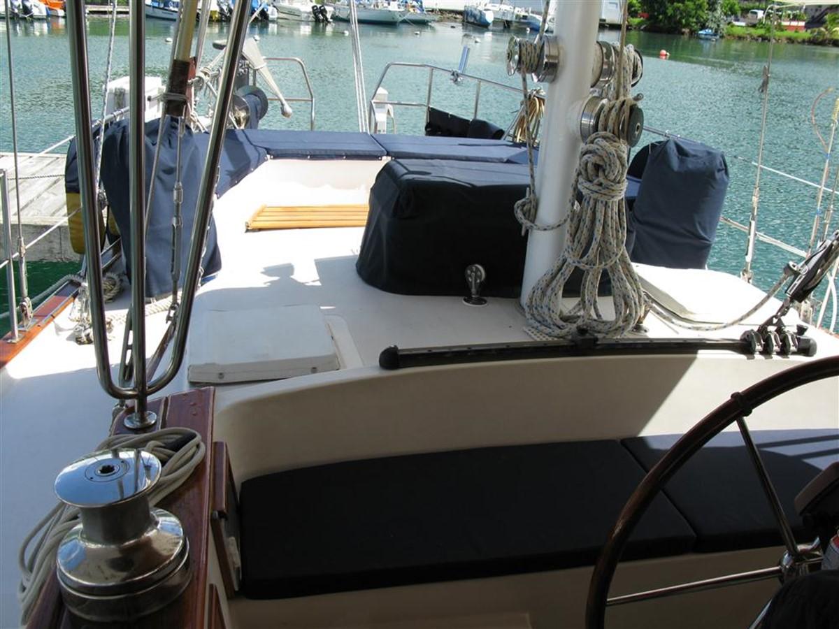 1978 IRWIN YACHTS  Cruising Sailboat 100912