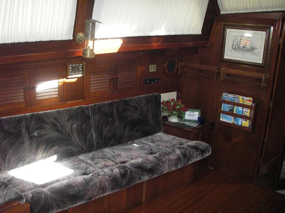 1978 IRWIN YACHTS  Cruising Sailboat 100924