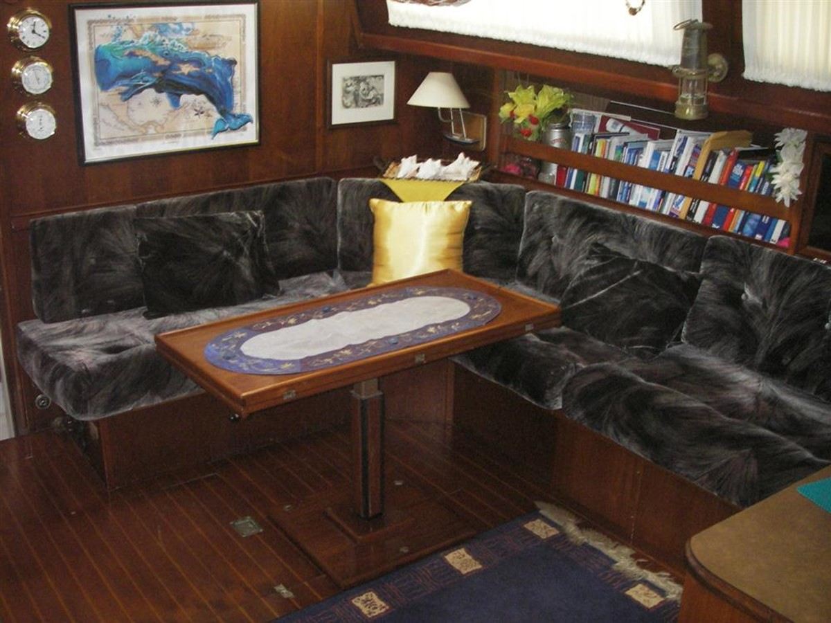 1978 IRWIN YACHTS  Cruising Sailboat 100925