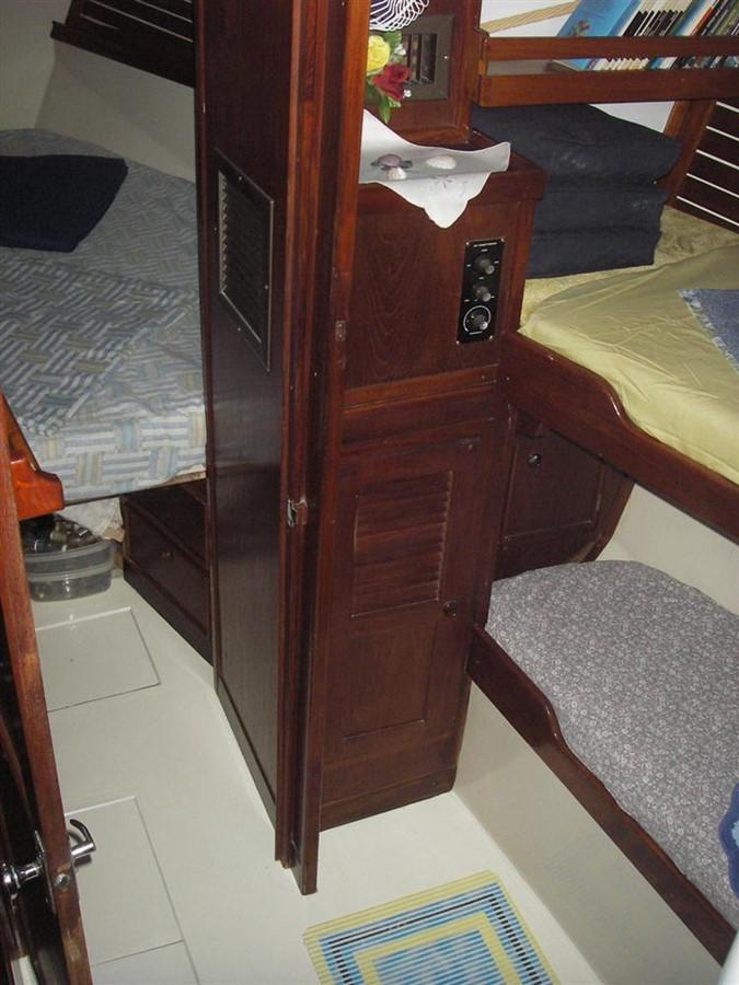1978 IRWIN YACHTS  Cruising Sailboat 100930