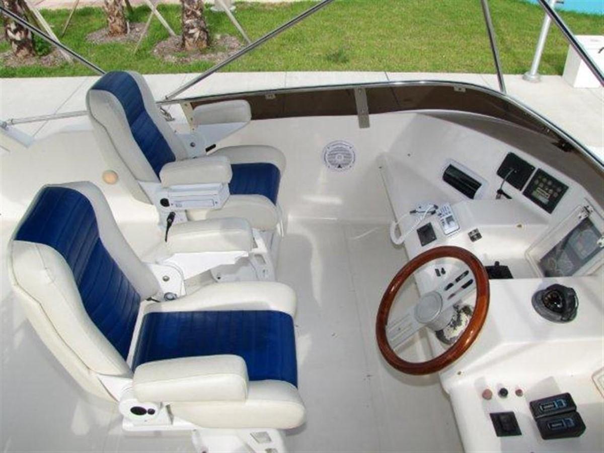 Flybridge 2000 GULF CRAFT INC Sport Flybridge Cruiser  142466