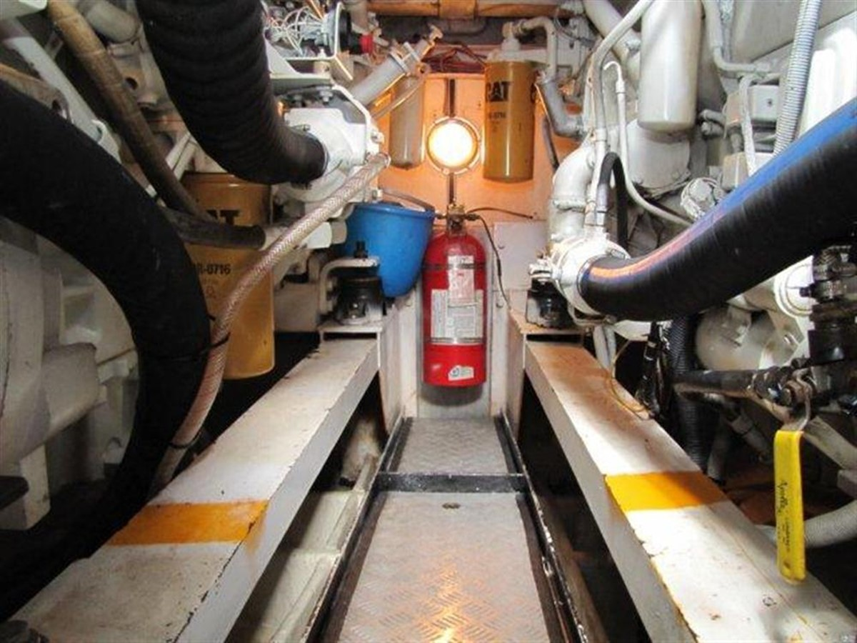 Engine Room 2000 GULF CRAFT INC Sport Flybridge Cruiser  142474