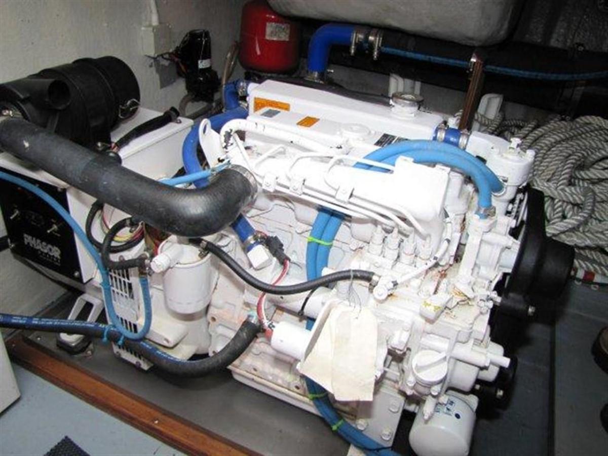 Generator 2000 GULF CRAFT INC Sport Flybridge Cruiser  142476