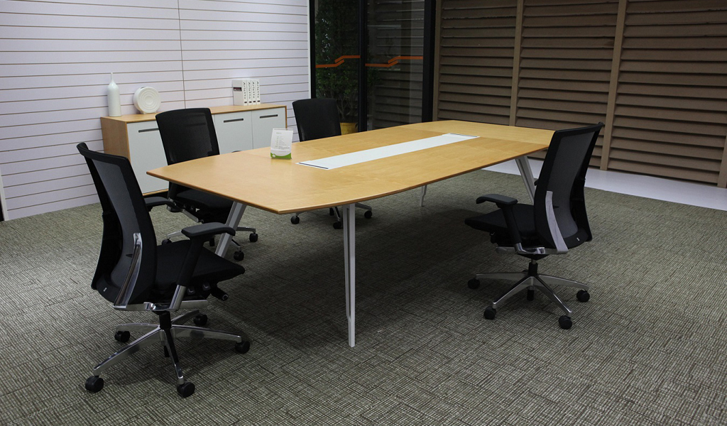 Kross Conference Table & Chairs : BCCK-28-3.0