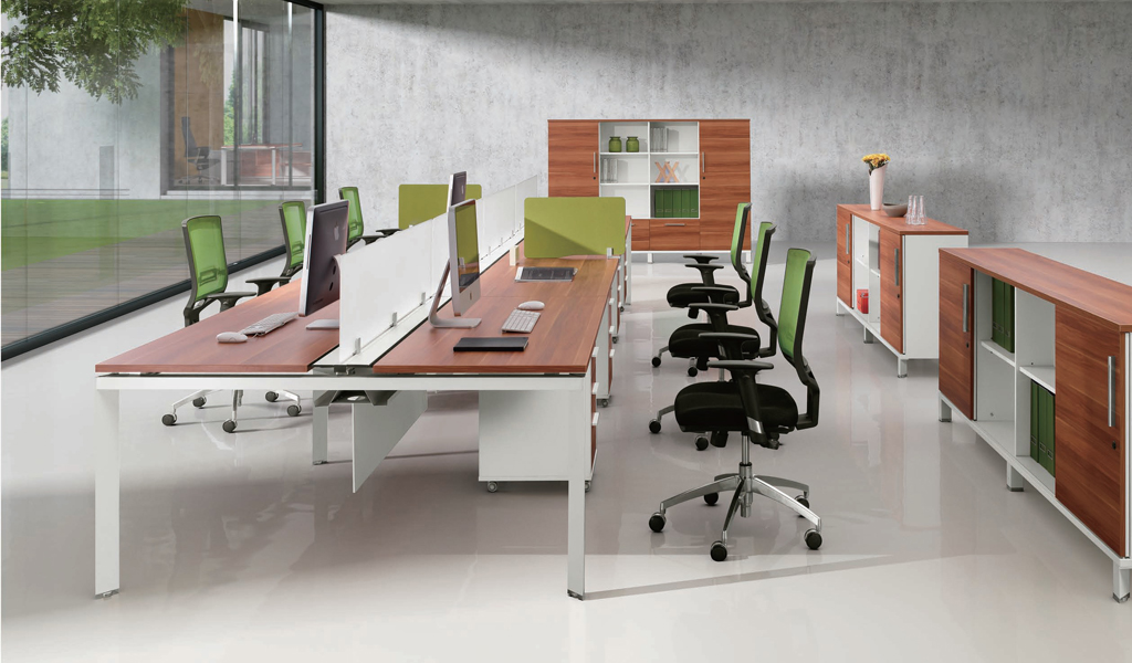 Linear Desking System 'E-Half - Group'