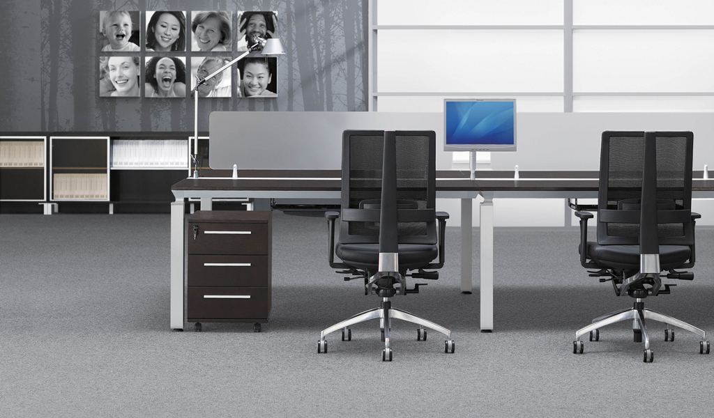 Modular Desking System With Raceway 'Easy - Parallel'