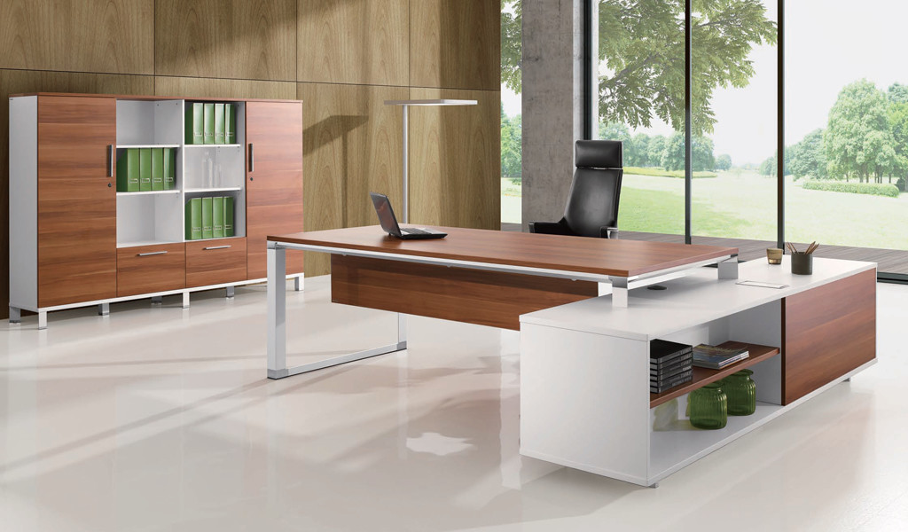 L-shaped Desk with storage